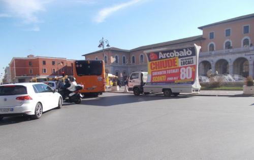 camion-vela-arcolabo-pisa-media-pubblicita