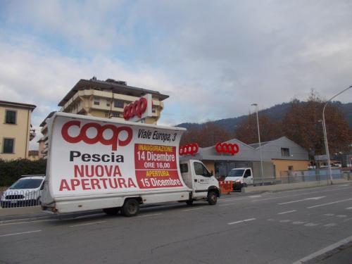 camion-vela-coop-pescia-media-pubblicita