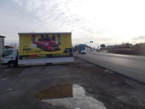 camion-vela-opel-autotecnica-lucca-buggiano-media-pubblicita