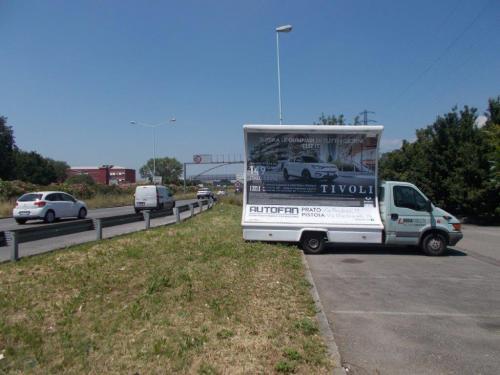 camion-vela-ssangyong-auto-prato-pistoia-media-pubblicita